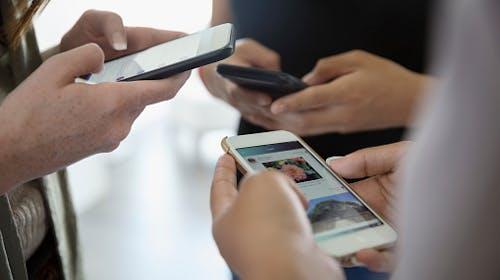 【社交媒體】擺脫認同成癮的四步法:覺察、接受、改變、放下